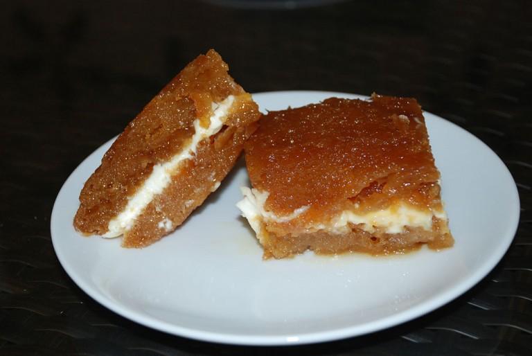 Harika Bir Tatlı Ekmek Kadayıfı Tarifi