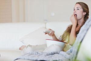 TV seyrederken yiyenler kilo alıyor