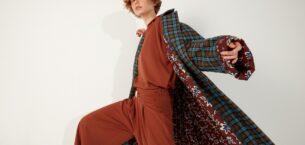 Mehtap Elaidi, Sonbahar-Kış Koleksiyonunu Online Sergiledi