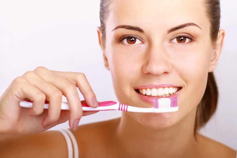 Diş Fırçasını Ne Kadar Sıklıkla Değiştirmeliyiz?