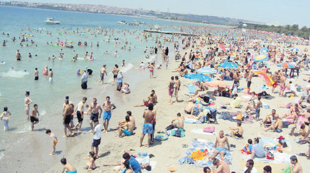 menekşe-halk-plajı