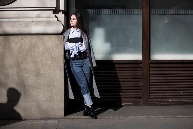 Londra Moda Haftası'nda sokaklarda Jean Şıklığı
