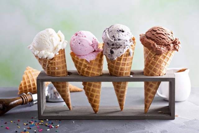 Tatilde Gece Dondurma, Sabaha Karşı Çorba!