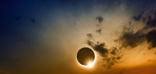 Ay Tutulması Burçları Nasıl Etkiliyor?