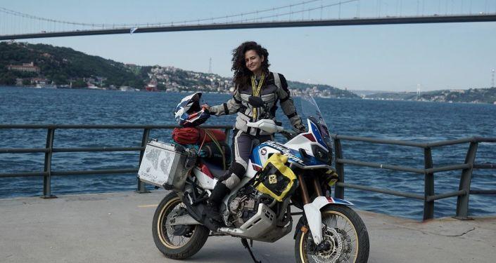Asil Özbay,  motosikletiyle Afrika'yı keşfe çıkıyor…